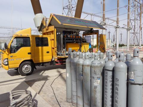 SF6 Gas-Insulated-Substations On-Site Services Siemens